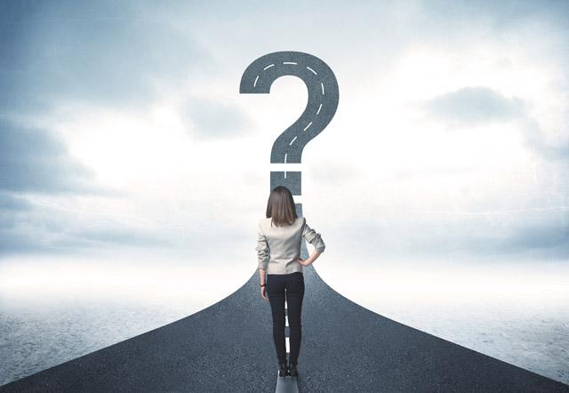 次の転職に生かす方法を探す女性