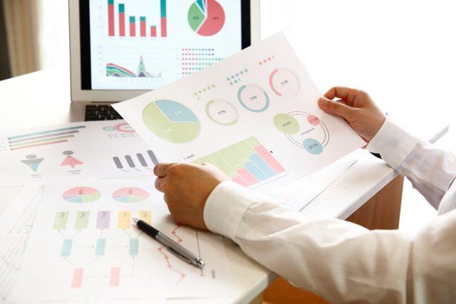 経理の仕事で使用するグラフデータ