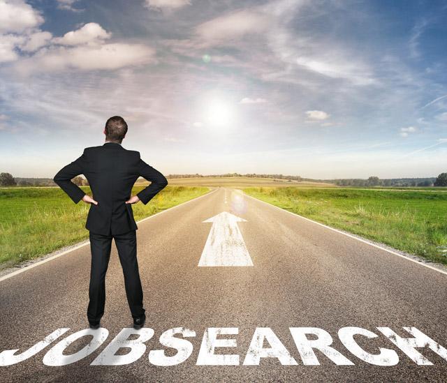 求人サイトでクリエイティブの転職を探す人