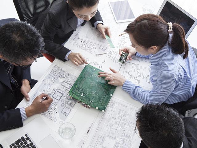 エンジニアとして働く人たち