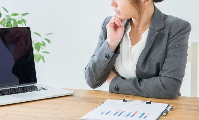 転職に悩む40代女性