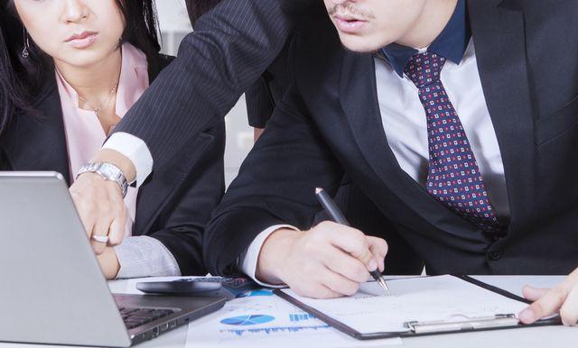 品質管理の志望動機を考える人たち