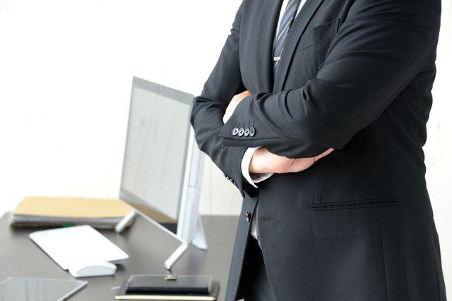 営業への転職を考える50代男性