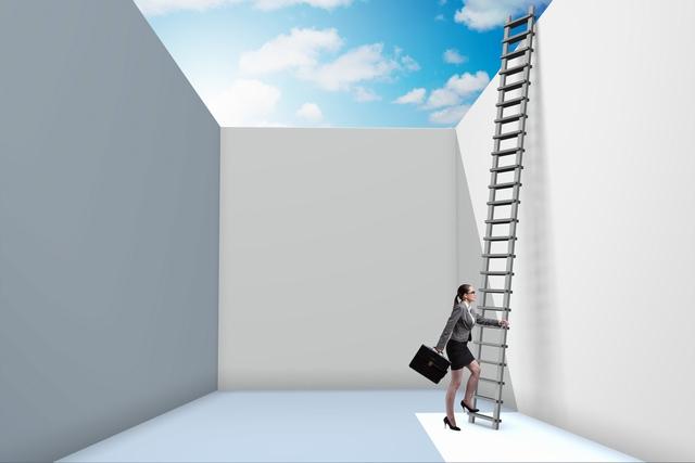 30代転職の落とし穴に落ちた女性