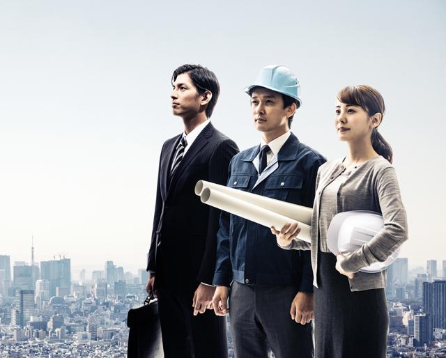 建築業界でキャリアアップを目指す人