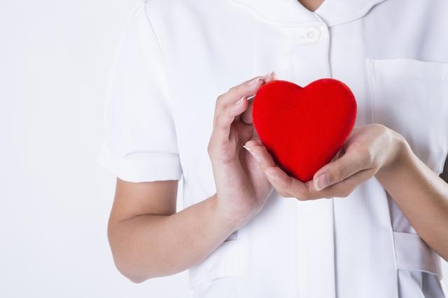 介護職への適性を持つ40代女性