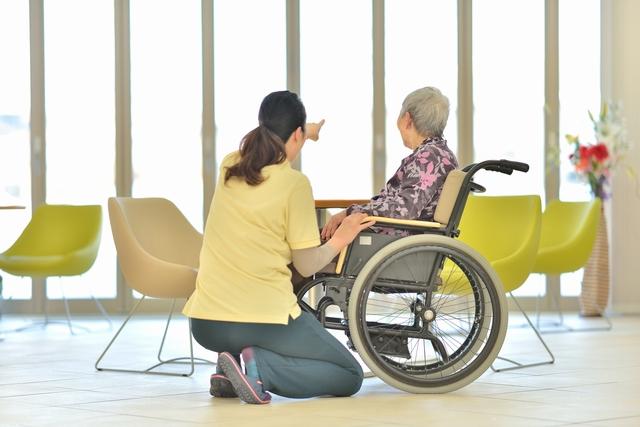 生き生き働く40代介護福祉士