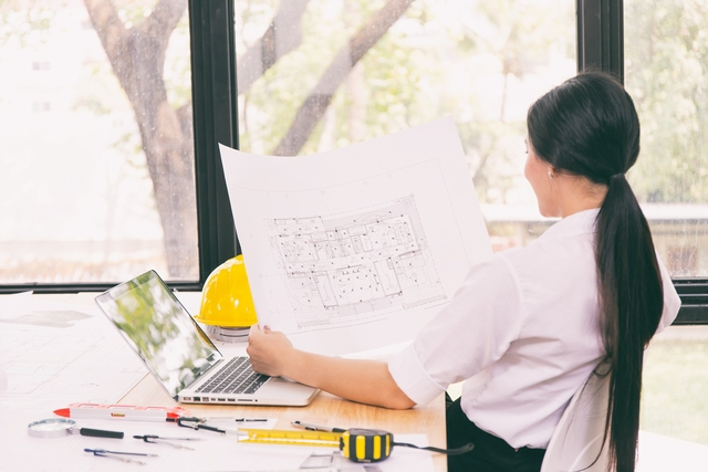 CADオペレーターへの転職に成功した40代女性