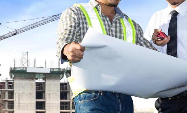 建設業界で働く人