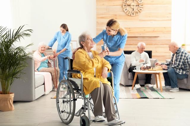 介護福祉士の仕事 イメージ