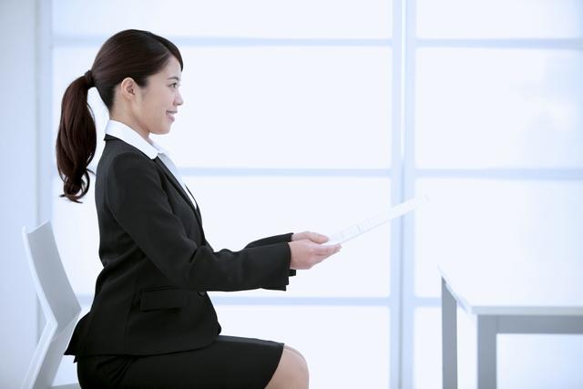 転職のために踏み出す30代女性