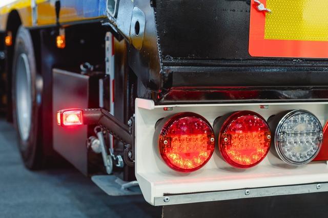 大型トラックの設備、機能イメージ