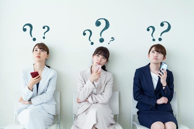 JACリクルートメントの活用法について悩む女性たち