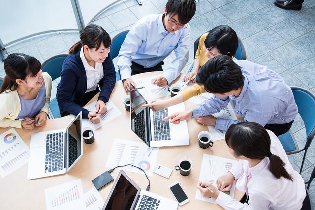 企業PRや求人についての会議 イメージ